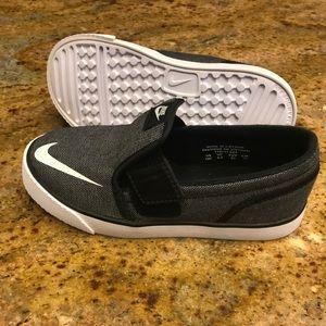 New Nike Toddler Slip On